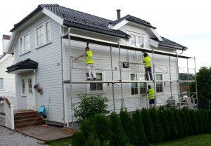 Renova maler hus i Gartnerveien, juni 2013