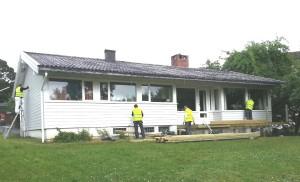 Renova, Bygger ny terrasse, og maler hus, Peterhofveien, sommer 2013