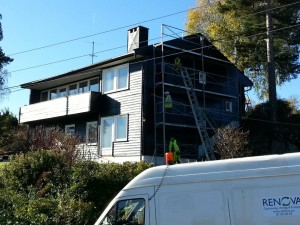 Renova - Maling av hus utvendig, med stillas