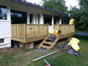Renova bygger terrasse på Stabekk, sommer 2013